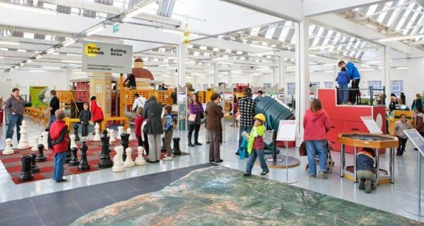 With more than 250 interactive exhibits and mind-boggling puzzles, the Cape Town Science Centre is a world of discovery under one roof.
