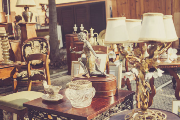 Step by Step Instructions to Purchase Incredible Antique Things Online