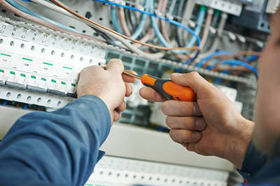 Factors to Consider When You Are Hiring a Residential Electrician in Orlando