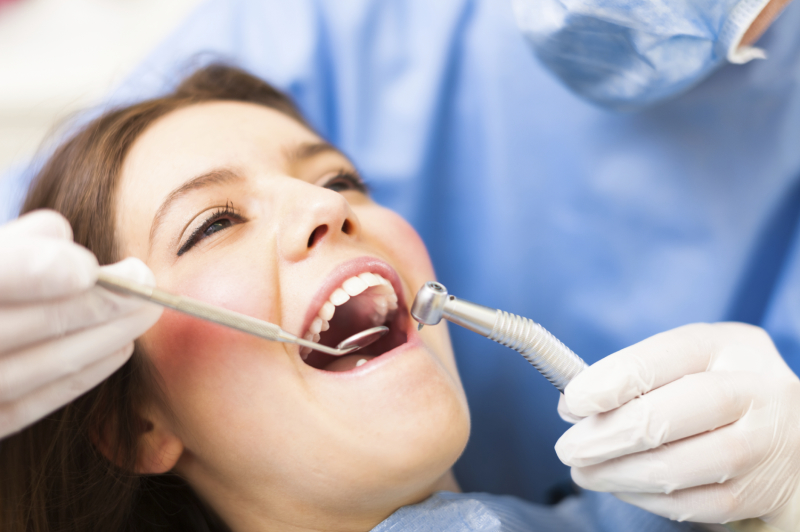 Things to Help You in Getting the Best Cosmetic Dentist