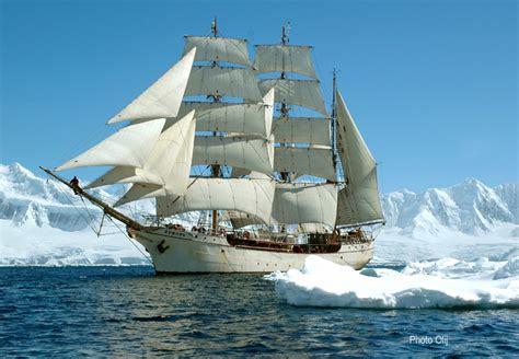 6 Sept: Robbie MacDonald: Sailing a Tall Ship to Antarctica