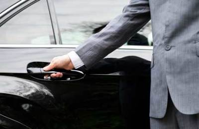 Tips of Choosing the Best Limousine Service