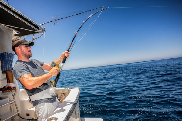 Guide to Booking a Fishing Charter