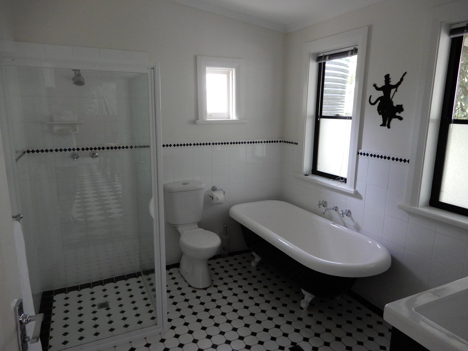Bathroom with Claw bath