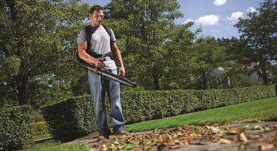 Simple Tips for Using Your Leaf Blower