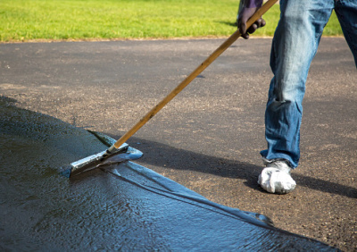 Factors to Consider When Choosing a Company for the Parking Lot Maintenance