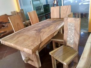 Advantages of Solid Wood Furniture