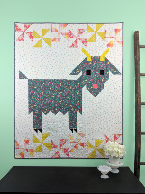 SGD054 Delilah Quilt Pattern by Swirly Girls Design