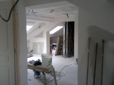 Placoplatre et fenêtre de toit