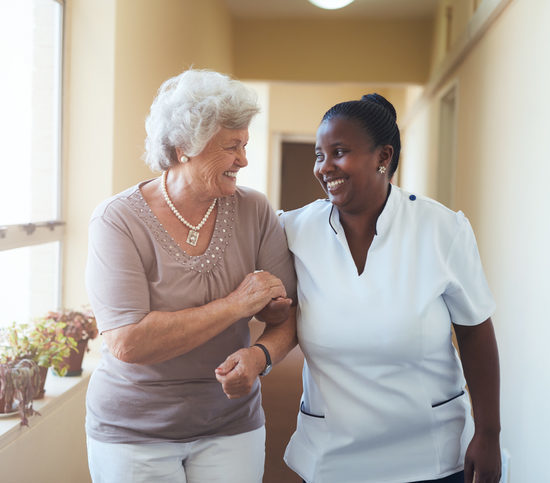 What to Consider When Choosing Senior Living Facility for your Parent