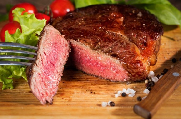 The Benefits of Dining at the Best Steak Restaurant