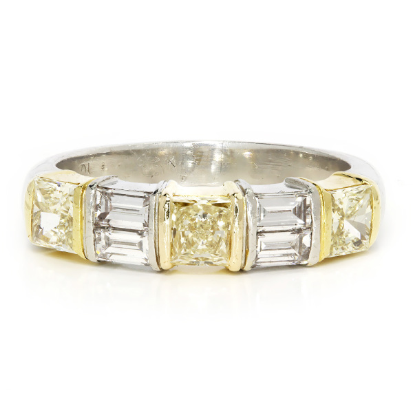 18k Yellow Gold Natural Fancy Yellow and White Diamond Band