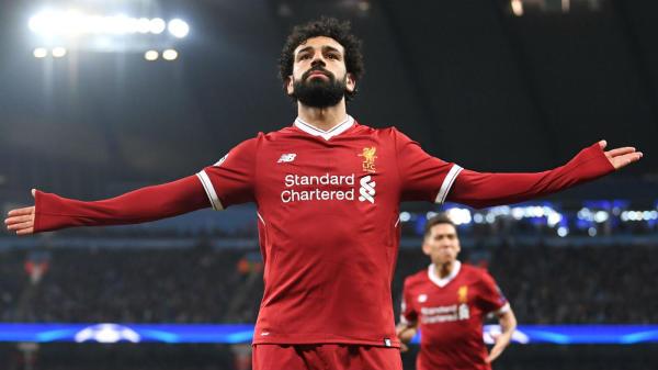 Salah ăn mừng bàn thắng san bằng tỉ số đêm qua