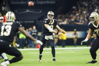 New Orleans Saints QB Drew Brees sets the NFL all-time completion record