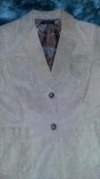 Q.U.E. Ladies Size Large Rough Suede Leather Jacket Button-up