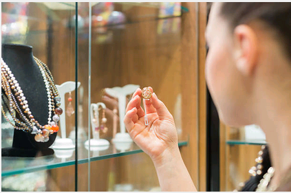 A Guide to Choosing Jewelry Store