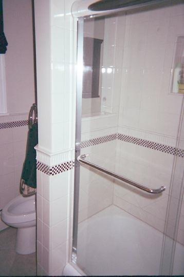 Custom Bathtub Wall Design 4