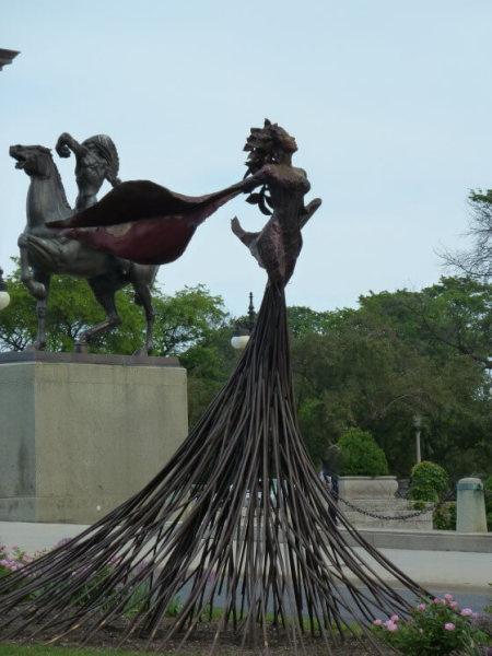 sculpture in grant park chicago