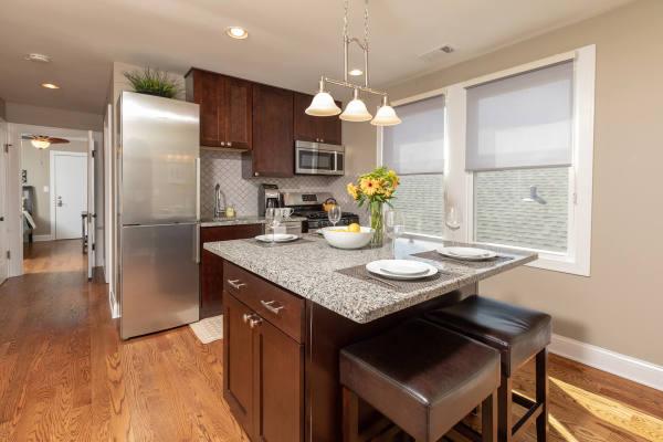 Kitchen 3rd Floor Guest Suite Roscoe Village Inn Vacation Rental in Chicago