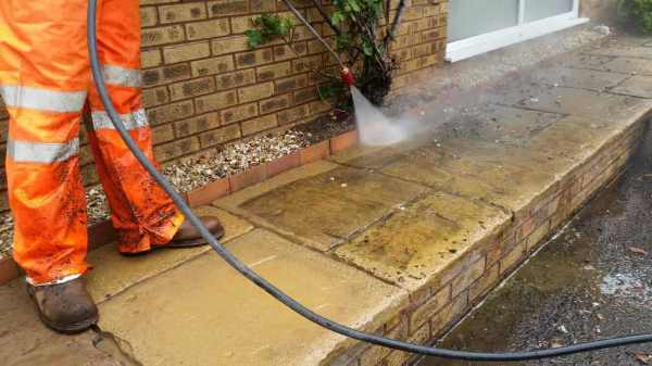 Pressure Washing Dirt Removal