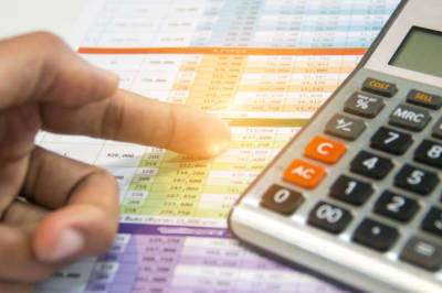 Productive Clients and the Financial and Securities Regulation Information that Makes a Difference