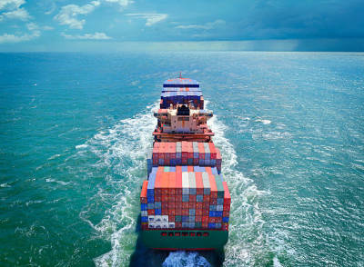 Factors to Consider when Finding the Right Shipping Agency