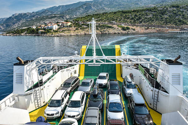 Factors to Consider while Choosing a Good Vehicle Shipping Company