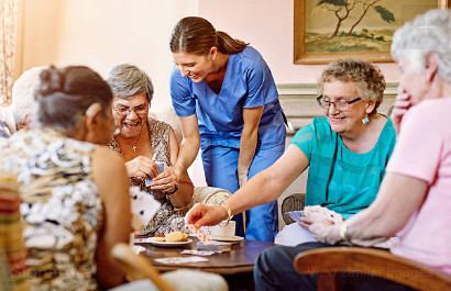 Exceptional Features of a Good Assisted Living Facility for Your Loved One