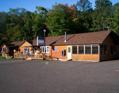 Louie's Landing Bar/Restaurant