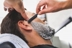 The Benefits of Getting a Straight Razor Shave