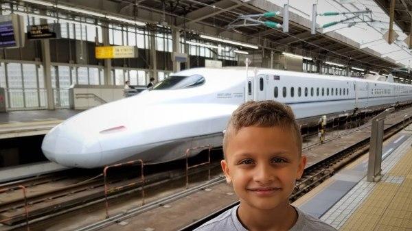 Nagoya to Osaka - Riding the Japanese Nozomi Bullet Train