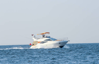Why Get the Help of Boat Dealers in Purchasing Your New Vessel