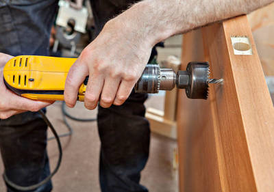 Finding the Best Contractors for Door Service and Repairs
