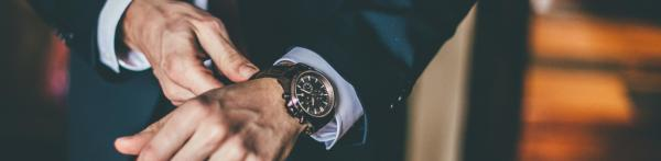 How You Can Save Money by Buying Pre-owned Rolex Watches