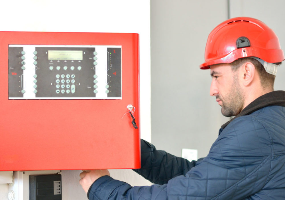 Advantages of Having a Home Security Alarm System for Your Health and Safety