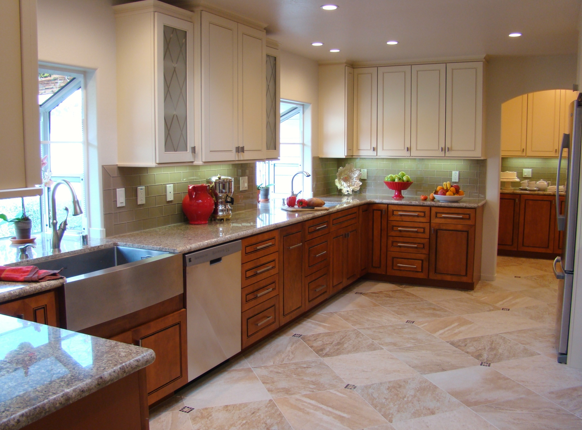 Fiorito Interior Design, interior design, remodel, kitchen, light and dark cabinetry, granite counter