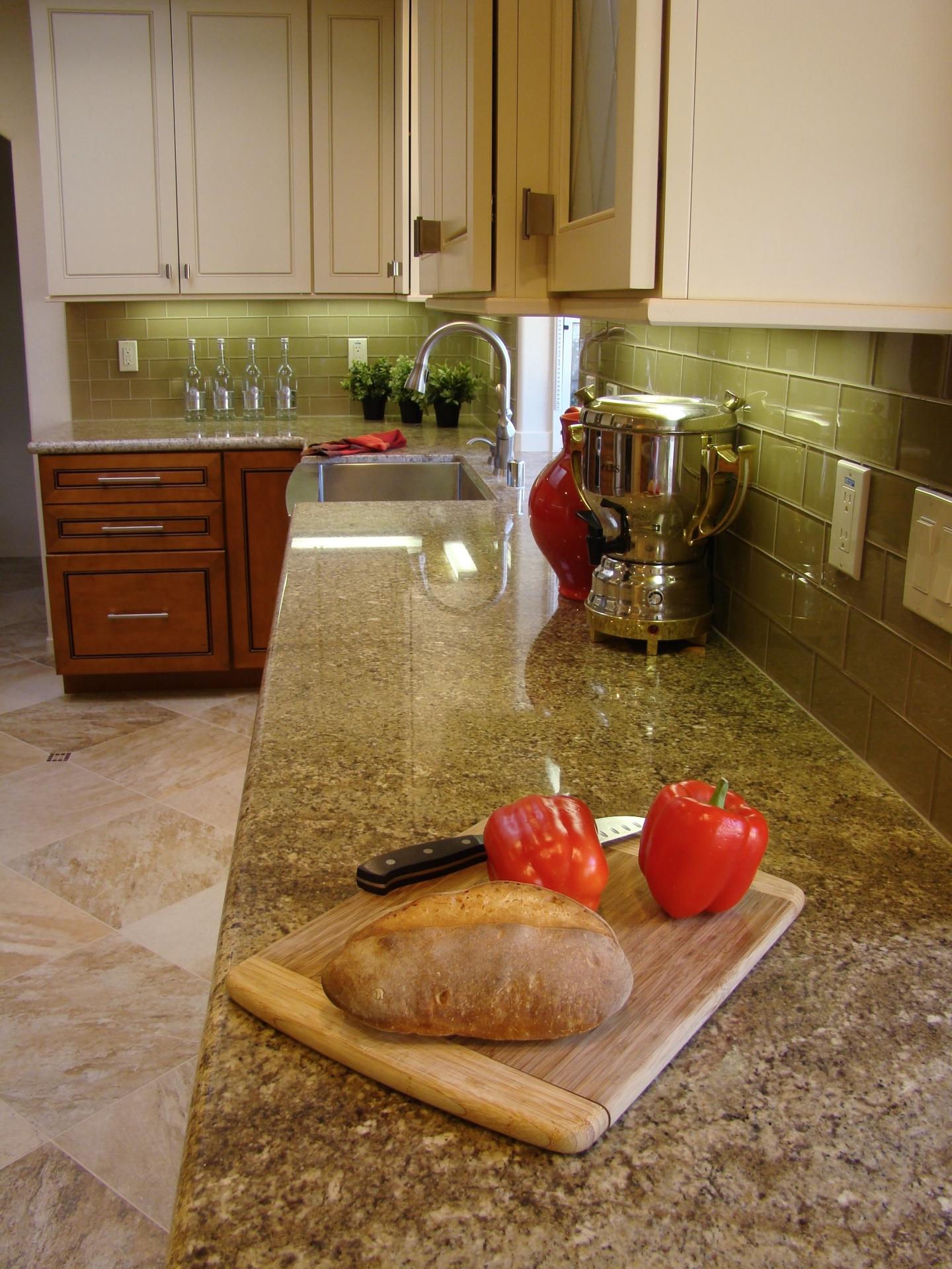Fiorito Interior Design, interior design, remodel, kitchen, light and dark cabinetry, granite counter