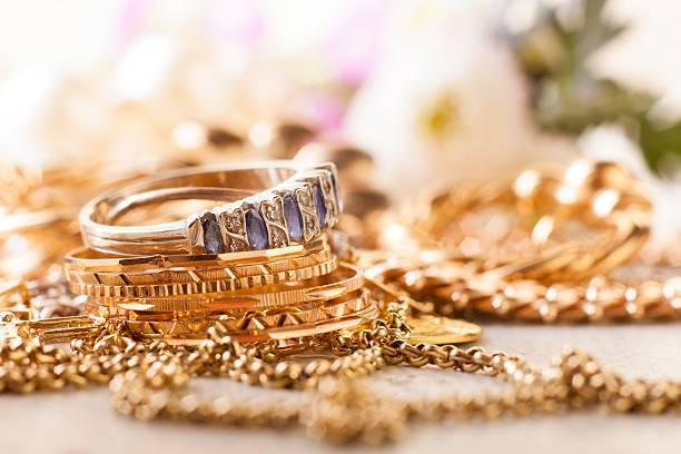 Choosing the Right Jeweler-What Questions to Ask