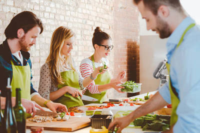 Why You Should Consider Taking Cooking Classes