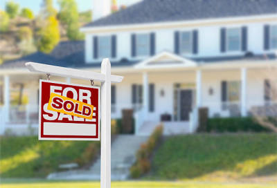 Selling to a Real Estate Investor Who Buys Houses Fast