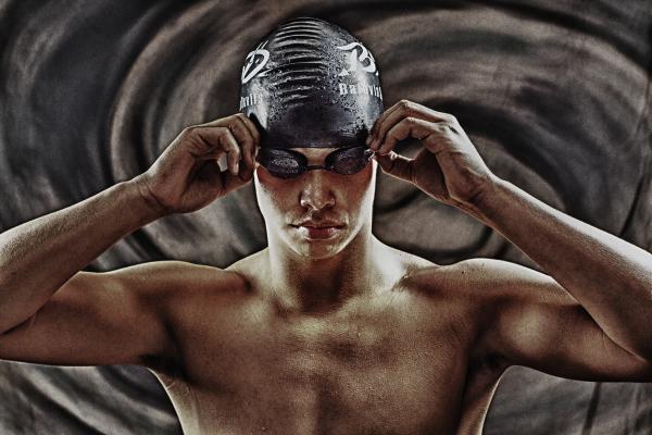 swimmer senior portrait