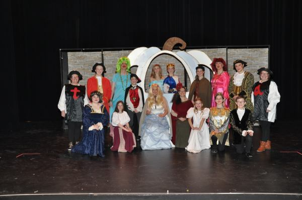Cast of Cinderella: a Pantomime by Norman Robbins