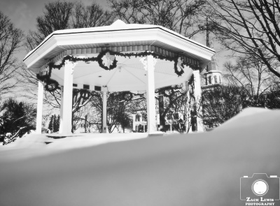 Walking Around With a Camera: Winter in the Village of Clinton