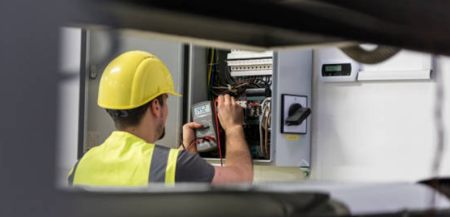 Aspects Utilized While Selecting the Top Electrician