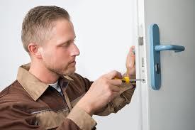 Tips for Choosing the Best Residential Locksmith