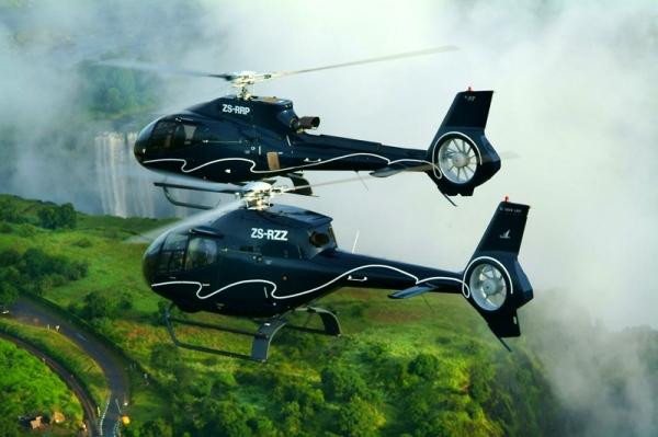 Вертолёты на Водопадом
