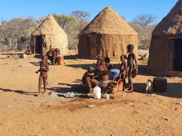 Химба деревня в Намибии