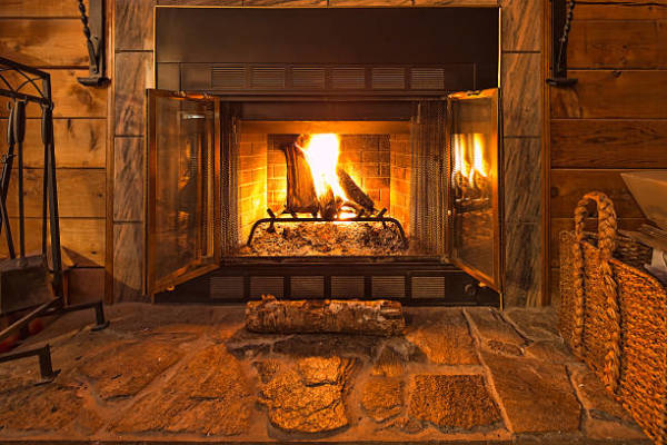 Looking a Good Outdoor Fireplace Service Provider, Here is What to Consider