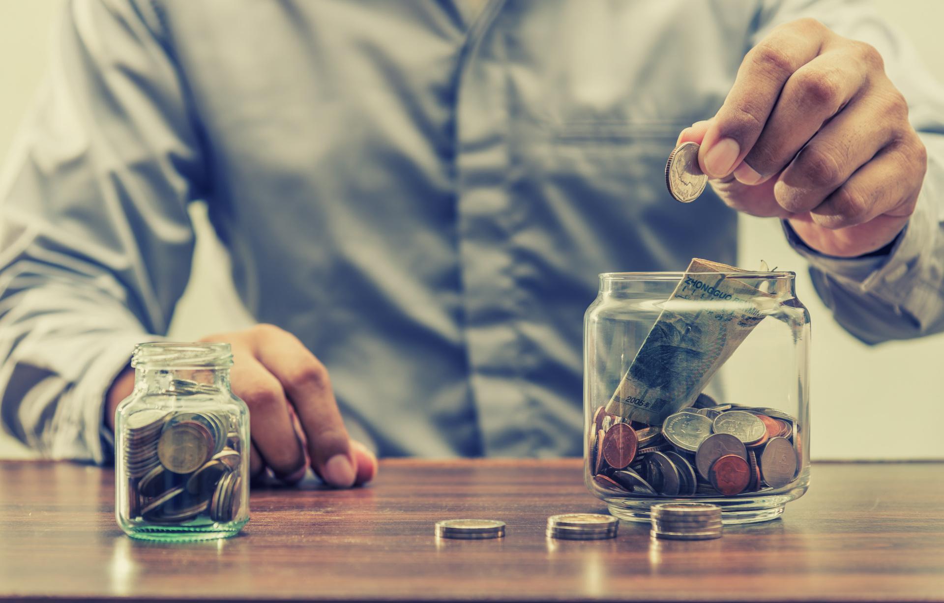 22 Ways Senior Citizens Are Saving More Money in 2018