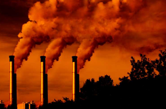 The Main Pros and Cons of Fossil Fuels